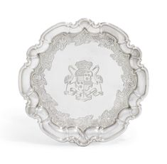 A George II silver waiter, mark of Paul de Lamerie, London Britannia Standard. Vintage Silver, Antique Silver, James Graham, Catherine The Great, Gold Box, Objet D'art, Coat Of Arms, Antiques, Metal