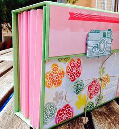 My Sweet Things: Mi archivador Mini Scrapbook Albums, Travel Scrapbook, Mini Albums, Decorative Paper Crafts, Cool Paper Crafts, Handmade Crafts, Diy And Crafts, Frame Crafts, Scrapbooks