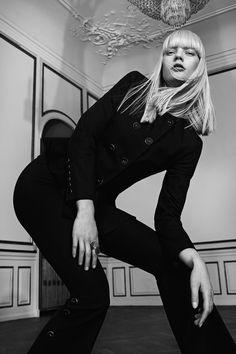 Exclusive Fashion Editorials X Le Management by Jannick Boerlum-3