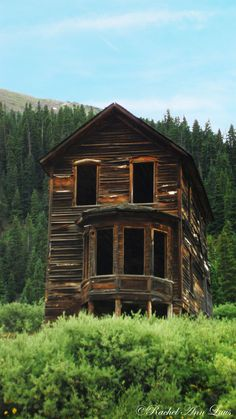 Cabin at Animas Forks in Colorado. This is towards to top of my bucket list places to visit ♥