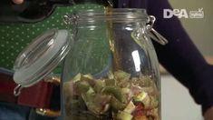 Ricetta: liquore al carciofo fai da te. Prepara in casa un liquore dopopasto delicato, rinfrescante e digestivo all'originale aroma di carciofo.