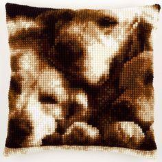 Sleeping Dogs - Kruissteekkussen - Vervaco