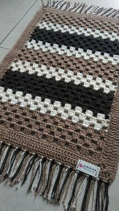 DIY Projects rag Quilting tutorials, t shirt Quilting tuto. - DIY Projects rag Quilting tutorials, t shirt Quilting tutorials, Quilting tut - Crochet Quilt, Crochet Home, Crochet Motif, Crochet Crafts, Crochet Stitches, Crochet Projects, Knit Crochet, Diy Projects, Crochet Edgings
