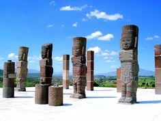 Gigantes de Tula, Mexico