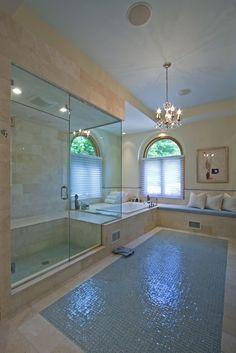 South Hampton:  Long Island - Shower, anyone??