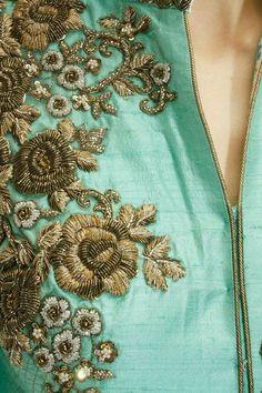 Indian Beige floral zari embroidered anarkali set available only at Pernia's Pop-Up Shop. Zardozi Embroidery, Embroidery Works, Hand Embroidery Designs, Beaded Embroidery, Embroidery Patterns, Hand Work Design, Embroidery Fashion, Kurta Designs, Salwar Kameez
