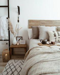 Neutral room decor # room decor # room inspiration - # bedroom # decor # neutral - each of us has un Home Decor Bedroom, Bedroom Ideas, Neutral Bedroom Decor, Bedroom Designs, Neutral Bedrooms, Neutral Bedding, Bedroom Rustic, Bedroom Décor, Decor Room