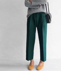 Ready to dome some serious spring shopping…! Via #Stylingsinja # Blogbloeme #fashion  (Source: death-by-elocution, via dulcisdomus)