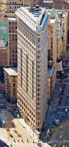 The Flatiron Building (intersection of 23rd Street, Fifth Avenue and Broadway)