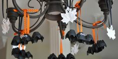 How To Make Halloween Bats From Egg Cartons diy halloween crafts diy ideas halloween decorations halloween diy bats hallowee halloween crafts for kids
