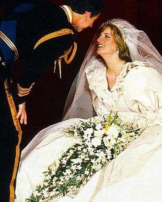 July 1981 - Lady Diana Spencer becomes Princess of Wales on her wedding day to Prince Charles Diana Wedding Dress, Princess Diana Wedding, Royal Wedding Gowns, Princess Diana Family, Royal Princess, Prince And Princess, Royal Weddings, Princess Diana Dresses, Princess Diana Fashion