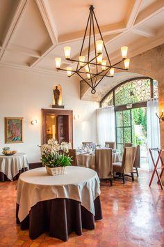 Restaurant l'Oustau de Baumanière 2 étoiles Michelin Photographe V.Ovessian #baumanière #bauxdeprovence