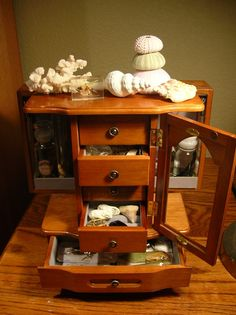 """love this """"cabinet of curiosities""""!"""