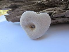 Natural Powerful Holey Heart Protect Holy Stone Healing Magic Rock Protect Luck