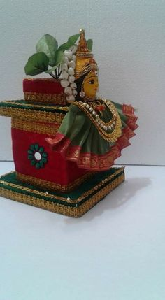 These hold no significance other than the fact that they would make for really nice center pieces in pairs. Mandir Decoration, Diwali Decoration Items, Thali Decoration Ideas, Diwali Diy, Diwali Craft, Pooja Room Design, Wedding Doll, Pooja Rooms, Indian Wedding Decorations