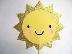 Sun Cake Topper You are my Sunshine / Birthday / by Oodalollie - D's birthday - Cake Recipes Sunshine Birthday Cakes, Sunshine Cake, Baby Birthday, Free Birthday, Birthday Ideas, Sun Cake, Sunshine Baby Showers, Diy Cake Topper, You Are My Sunshine
