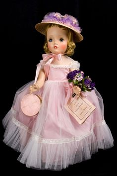 "18"" Madame Alexander 1954 special edition of ""Flower Girl"". Cissy face walker doll."
