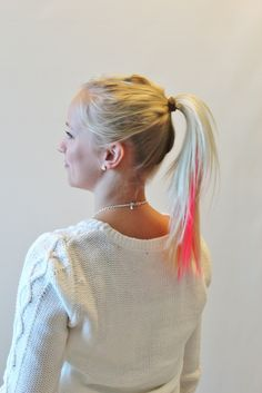 You can leave the hair open after this point or you can move on making on hair bun with a twist! How to do instructions is seen on our finnish blog http://glitter.fi/2013/09/03/valkkinuttura-with-a-twist/ #hairbun #hairdo #hairproducts #hairstripes #hairstrands #pink #fakehair