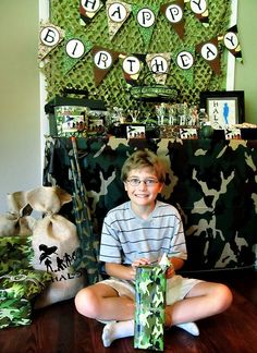 {Camo Covered} Halo Themed Birthday Party with camouflage cupcakes, jelly bean