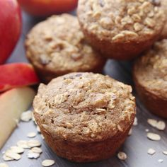 Easy and delicious Applesauce Oat Muffins. They make the perfect healthy snack and they're freezer-friendly, too! Easy and delicious Applesauce Oat Muffins. They make the perfect healthy snack and they're freezer-friendly, too! Healthy Breakfast Muffins, Healthy Muffin Recipes, Healthy Baking, Gourmet Recipes, Baking Recipes, Cookie Recipes, Dessert Recipes, Healthy Drinks, Healthy Oatmeal Muffins