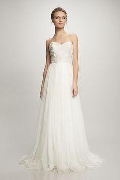 Kerry | Brautmode Köln - Brautkleider und Hochzeitskleider - Victoria Rüsche Atelier