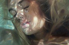 """Художница создает реалистичные """"подводные"""" рисунки, связанные с ее воспоминаниями о воде"""