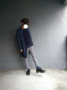 こんちゃっす😸 ジリジリとテストの日が近づいてきました、、、(◜◡‾) 最近細いパンツを黒スキニー