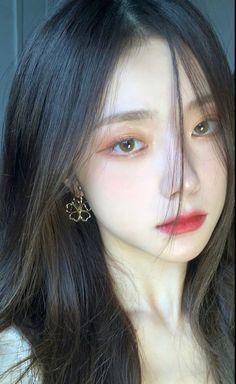 Korean Beauty Girls, Pretty Korean Girls, Asian Beauty, Makeup Korean Style, Korean Natural Makeup, Pony Makeup, Ulzzang Makeup, Korean Girl Photo, Ulzzang Korean Girl