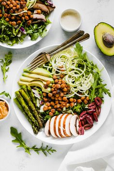 Green Goddess Salad With Roasted Chickpeas