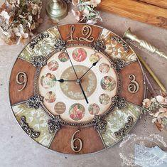 """Часы настенные """"Времена года """", модерн – купить в интернет-магазине на Ярмарке Мастеров с доставкой"""