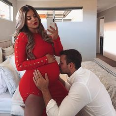 Maternity Photo Inspirations Pictures) - Page 2 of 3 - Style O Trend Cute Maternity Outfits, Stylish Maternity, Maternity Wear, Maternity Fashion, Cute Pregnancy Pictures, Pregnancy Photos, Maternity Pictures, Pregnancy Videos, 33 Weeks Pregnant