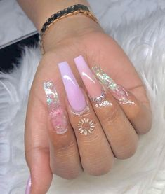 Semi-permanent varnish, false nails, patches: which manicure to choose? - My Nails Claw Nails, Aycrlic Nails, Bling Nails, Best Acrylic Nails, Acrylic Nail Designs, Nail Designs Bling, Nails After Acrylics, Nailart, Fire Nails