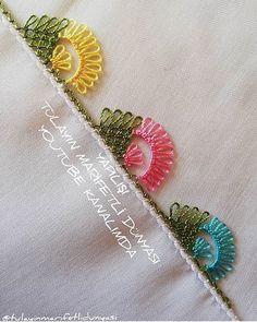 Ad # iğneoya the # needle # tigoya the # Sift # göznur the # point # groom # Dukes # dowry Crochet Lace, Crochet Stitches, Cross Stitch Embroidery, Hand Embroidery, Tatting, Lace Saree, Vintage Hippie, Sunflower Tattoo Design, Lace Making
