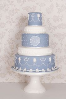 Blue and White cameo wedding cake, by Anna Tyler Cakes