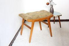 http://de.dawanda.com/product/69773439-Alter-Hocker-Fusshocker-Schemel-Stuhl-50er-60er