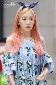 SNSD 소녀시대 - Taeyeon 태연 ⓒAdorable