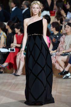 Valentino Fall 2015 Couture - Colección - Galería - Style.com