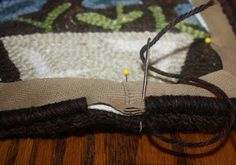 How to bind a hooked rug-from Primitives by the Light of the Moon blog.  Can't wait to try it!