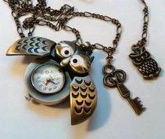 I love watches and I love owls! This is perfect for me :)