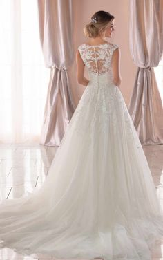 Stella York Wedding Dresses - Search our photo gallery for pictures of wedding dresses by Stella York. Find the perfect dress with recent Stella York photos. Evening Dresses For Weddings, Wedding Dress Trends, Wedding Dresses Plus Size, Princess Wedding Dresses, Wedding Dress Styles, Boho Wedding Dress, Lace Wedding, Wedding Rings, Casual Wedding