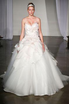 Marchesa – Bridal Fall 2013    TAGS:Ruffles, Floor-length, Strapless, Train, White, Ivory, Marchesa, Silk, Tulle, Dramatic, Princess, Romantic