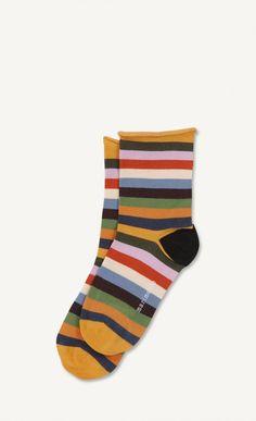 S. 38 - Men også trøjen med samme striber - er pt. ikke til salg i shoppen, Kan kun ses på et billede med et par bukser.