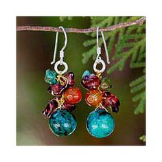 @Overstock - These earrings by Nareerat feature a cluster of gemstones influenced by ripe fruit in a tropical orchard. The earrings feature garnet, carnelian, serpentine and magnesite gemstones.http://www.overstock.com/Worldstock-Fair-Trade/Garnet-and-Carnelian-Tropical-Orchard-Cluster-Earrings-Thailand/5074088/product.html?CID=214117 $17.99