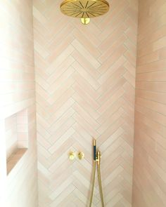 Upstairs Bathrooms, Dream Bathrooms, Amazing Bathrooms, Small Bathroom, School Bus Tiny House, Bungalow Extensions, Best Bathroom Designs, Modern Shower, Bathroom Inspiration