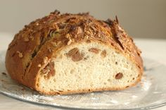 Kváskový mazanec - Maškrtnica Banana Bread, Food And Drink, Baking, Desserts, Recipes, Breads, Hampers, Bread Making, Bread Rolls