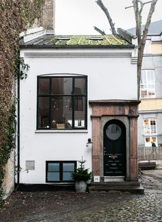 The evergreen cottage | Copengahen, Denmark | Kinfolk