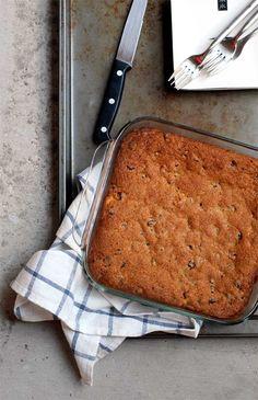 Chocolate chip cheesecake cookie bars - The Pancake Princess