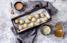 Stroopwafeltruffels Love Food, A Food, Macarons, High Tea, Fudge, Sweet Tooth, Sweet Treats, Favorite Recipes, Yummy Food