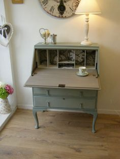 Vintage shabby chic painted Bureau/writing/computer desk