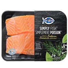 """2014. High Liner innove et lance """"SIMPLEMENT POISSON"""", une nouvelle gamme de 3 produits vendue dans la section des poissons frais pré-emballés. Les plus belles coupes de saumon atlantique (284 g), de morue de l'Atlantique (284 g) et aussi de tilapia (227g) sont pré-emballées à poids fixe dans des emballages innovateurs. Tous les produits sont issus de pêche responsable. De nouvelles espèces s'ajouteront au cours des prochains mois"""